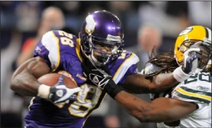 Adrian Peterson Stiff Arm
